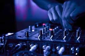 NOELS COUNTRY DJ